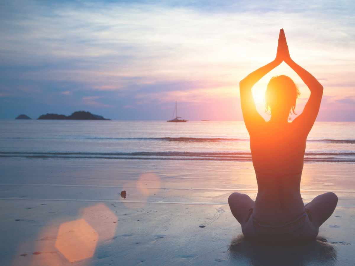 15 AMAZING YOUTUBE YOGA VIDEOS FOR COMPLETE BEGINNERS
